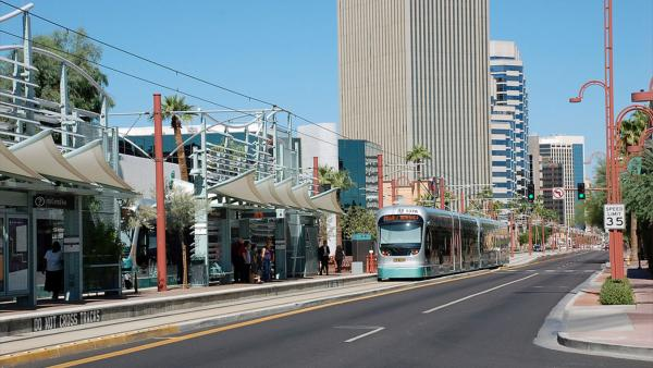 valley metro light rail at station